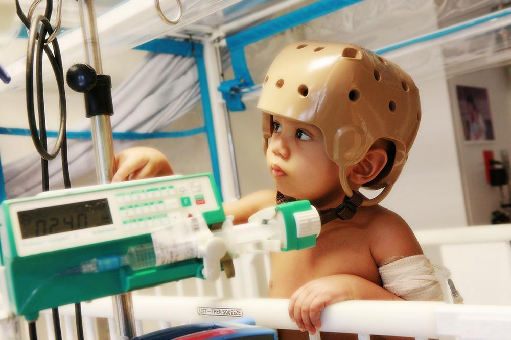 Hunter Zen in Hospital - Childhood Cancer Types | Kids Charity | Statistics | Association |